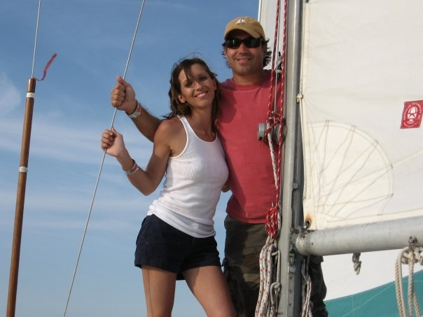 chris and melody on tartan 27
