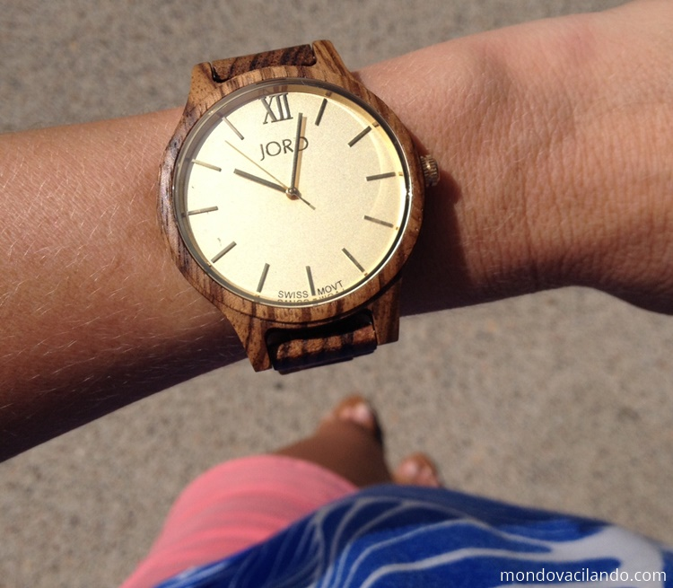 wood-watch-fashion