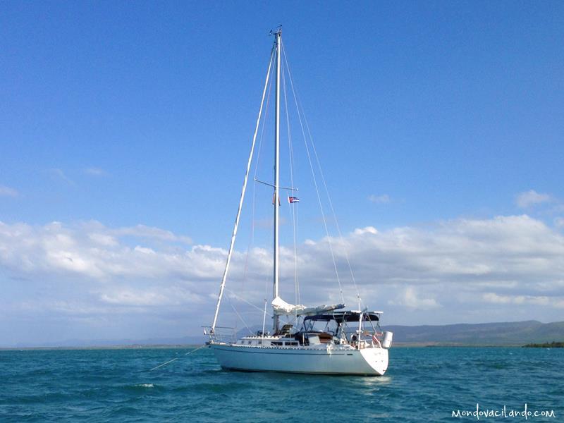 Sailboat in Cayo Levisa